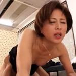 美熟女教師が不良生徒とのセックスで淫らに感じてしまう