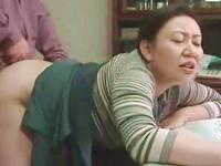 60歳前後の閉経した妻に膣内射精を繰り返す絶倫高齢夫