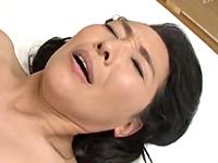還暦間近の50代の熟女が久しぶりのセックスでやらしく喘ぐ