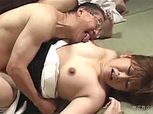 喪服の下に隠された五十路の豊満な女体を凌辱される未亡人