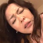 五十路の義母は膣内射精し放題!熟女のパイパンを激しく貫く娘婿