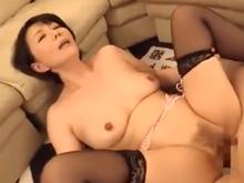 40代の美熟女が魅せる卑猥で下品なセックス