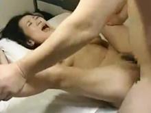仕事のパートナーとするセックスは格別です…生の巨根を挿入されて悶える巨乳の熟女