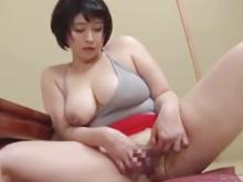 ショートカットのムチムチ妻はセックスレス…突き上げてぶっかけたくなるデカ尻