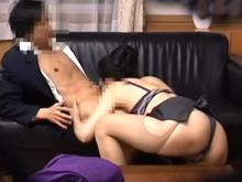 お受験ママの肉欲接待現場を盗撮!熟女の肉体を先生に捧げて不倫セックス