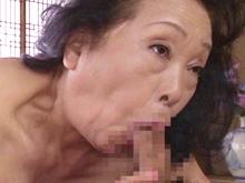 70代でも床上手なお婆ちゃん!干からびそうな七十路の膣に挿入