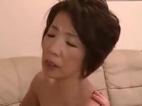 還暦を過ぎた祖母とセックスしたら超エロい腰使いを披露してくれた