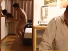 元妻の復讐がえぐい…新しい旦那と別室でセックスし始めて喘ぎ声が丸聞こえ