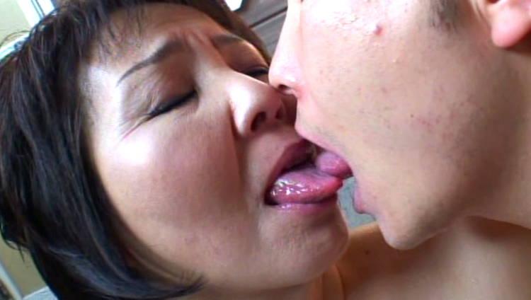 六十路の母とSEX…2