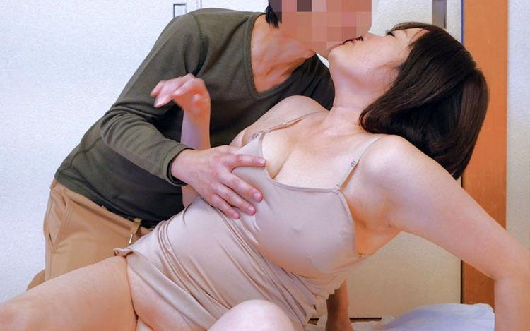 太めの義母…3