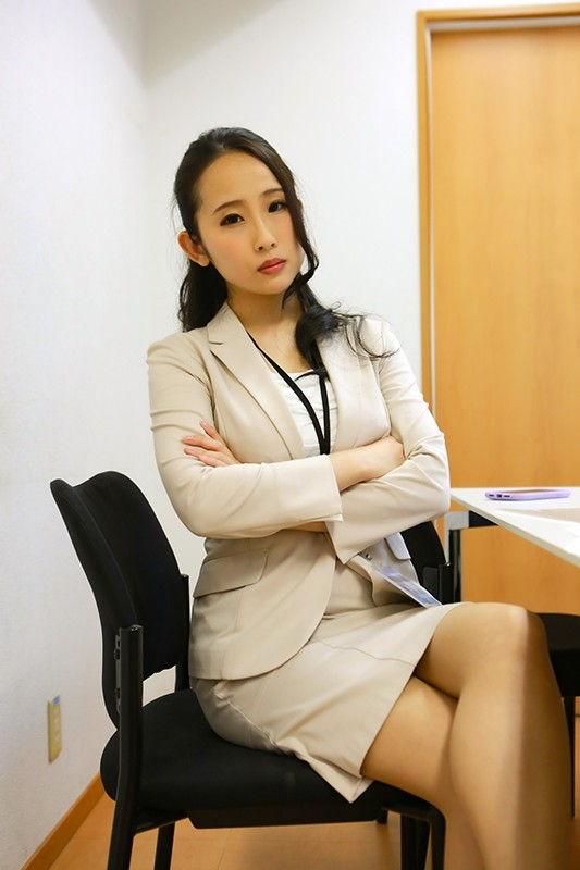 デリヘルで働く女上司と遭遇…8