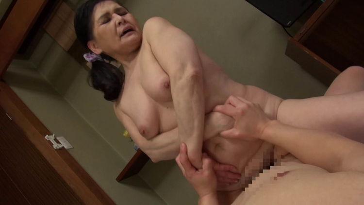 高齢熟女のセックス…9